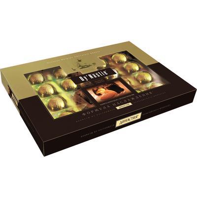Подарочный набор шоколадных конфет Династия Формула искушения с цельным миндалем 180 г