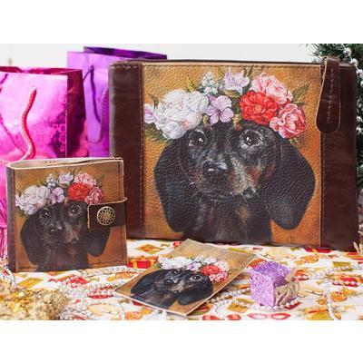 Набор Eshemoda Портрет таксы (косметичка, портмоне, обложка для карточки) из натуральной кожи коричневого цвета (94230019)