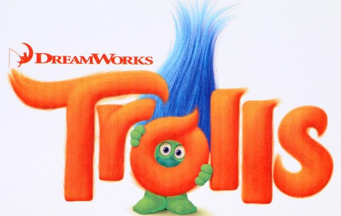 Товары для школы Trolls