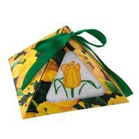 Полотенце махровое Желтый тюльпан 30х50 см 400 г/кв.м белое