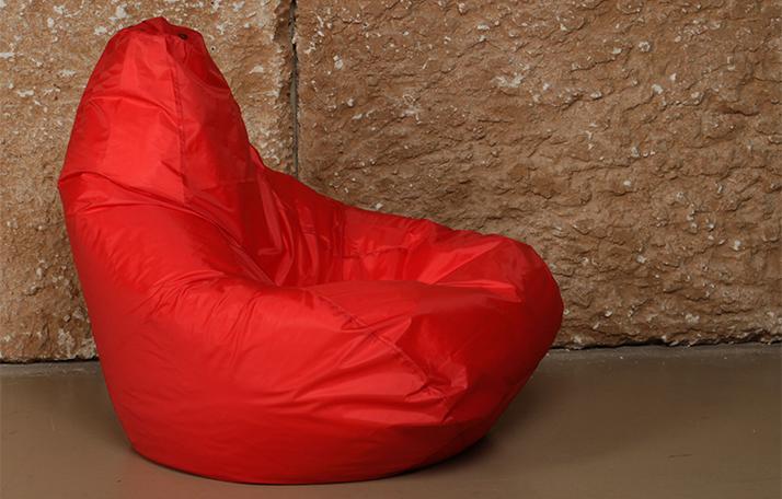 Кресла-мешки и пуфики